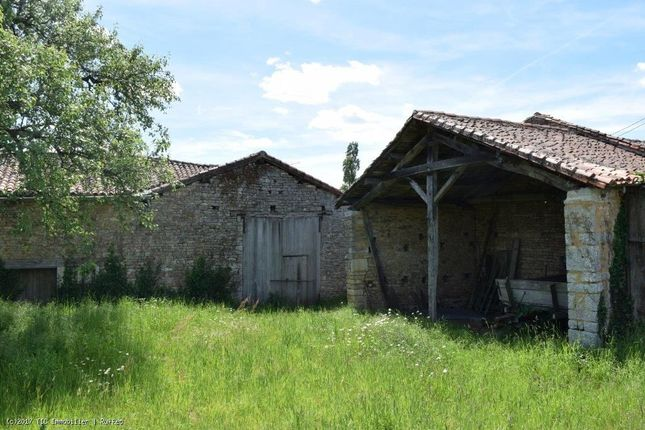 Property for sale in Champagne-Mouton, Poitou-Charentes, 16350, France