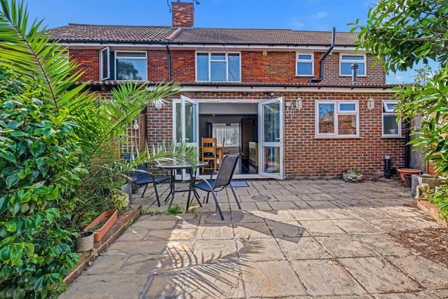 Thumbnail Flat to rent in St. Annes Avenue, Stanwell, Staines-Upon-Thames