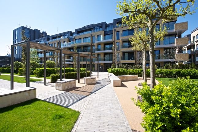 Thumbnail Flat for sale in Ravensbourne, Fulham Riverside, Fulham