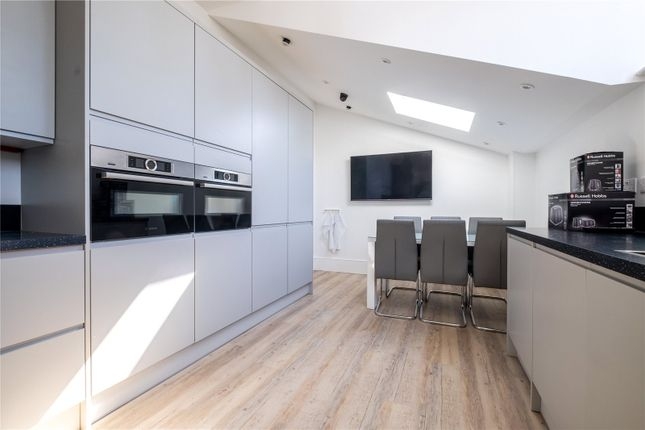Room to rent in Clyde Road, Addiscombe, Croydon