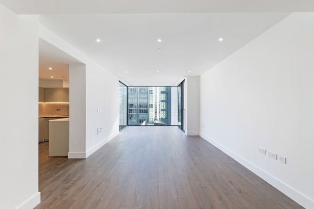 Thumbnail Flat for sale in Perilla House, Goodmans Fields, Aldgate