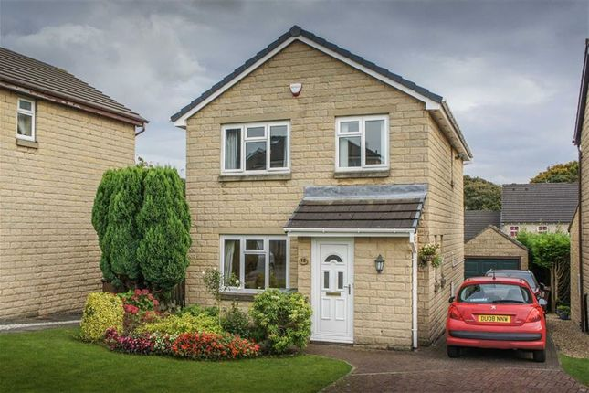 Thumbnail Detached house for sale in Denton Drive, Bingley, West Yorkshire