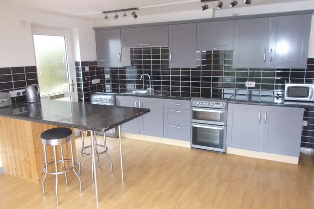 1 bed flat to rent in Goonwartha Road, Looe PL13