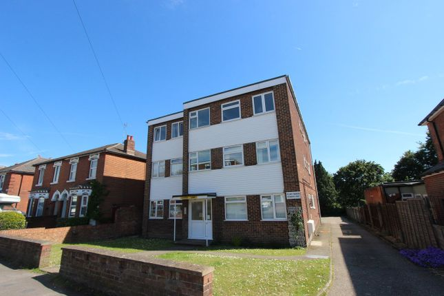 Thumbnail Flat for sale in Richmond Road, Shirley, Southampton