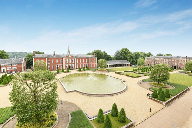 Thumbnail Flat for sale in Peninsula Square, Winchester