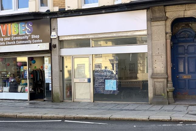 Retail premises to let in Commercial Street, Camborne
