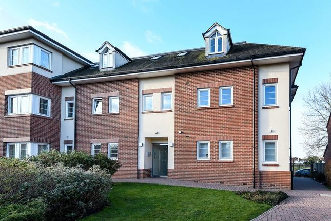 Flat to rent in Oxford Road, Kidlington