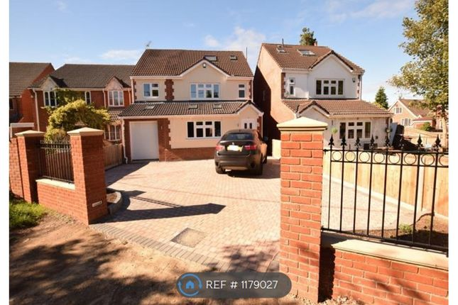 5 bed detached house to rent in Park Walk, Purley On Thames, Reading RG8