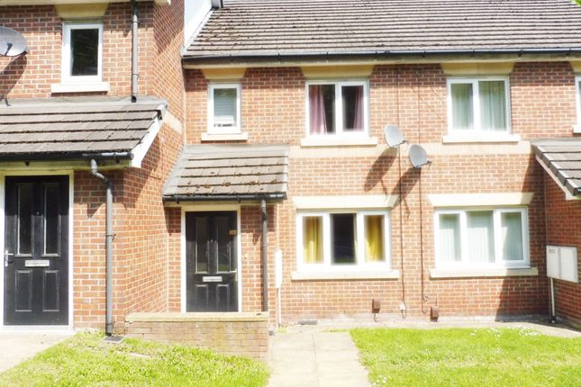 Thumbnail Town house for sale in Pontefract Road, Lundwood Barnsley