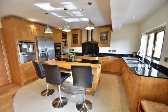 Dining Kitchen of Broadway, Bramhall, Stockport SK7