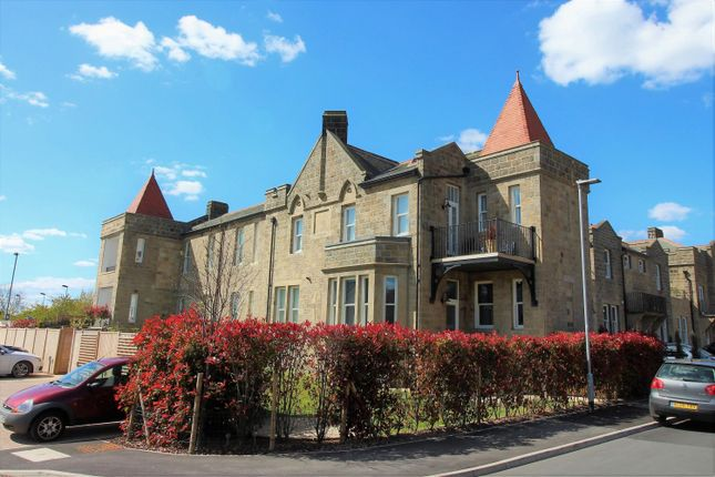 Thumbnail Flat for sale in Mellor Close, Wharfedale Park, Otley
