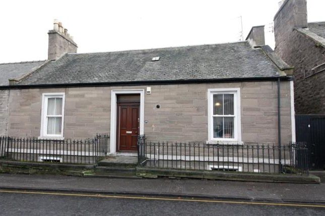 4 bed terraced bungalow to rent in Perth Road, Dundee DD1