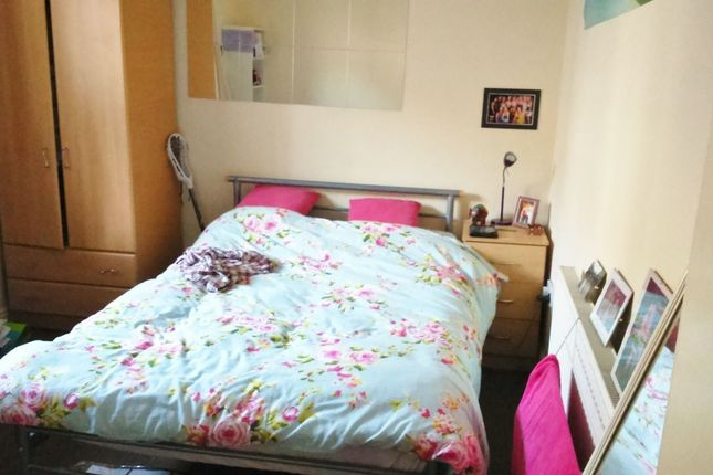 Thumbnail Flat to rent in Glynrhondda Street, Cathays, Cardiff