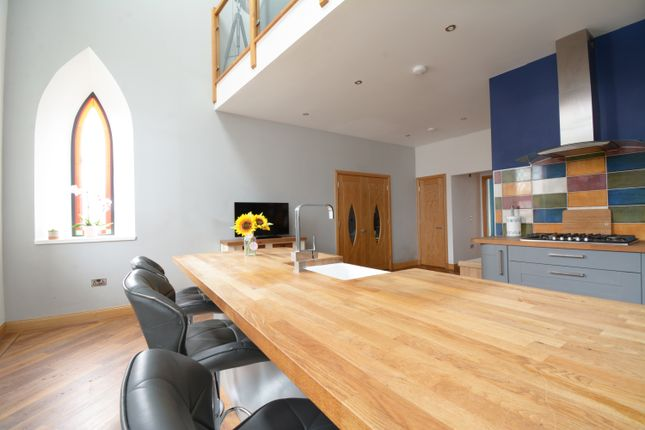 Thumbnail Town house for sale in New Wynd, Montrose