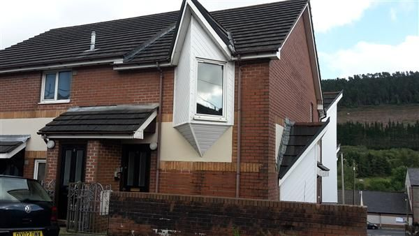Thumbnail Flat to rent in Stanley Court, Park Terrace, Treorchy