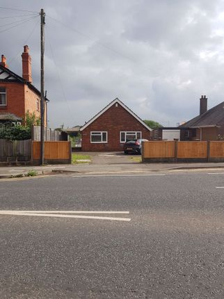 2 bed bungalow to rent in London Road, Northwich CW9