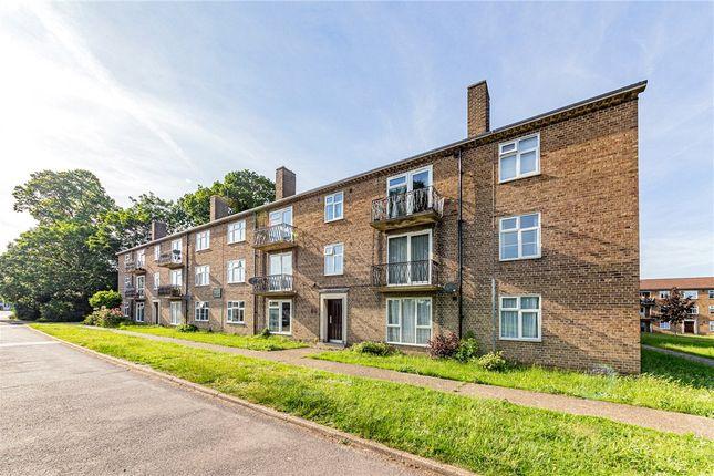 3 bed flat for sale in Gosbrook Road, Caversham, Reading RG4