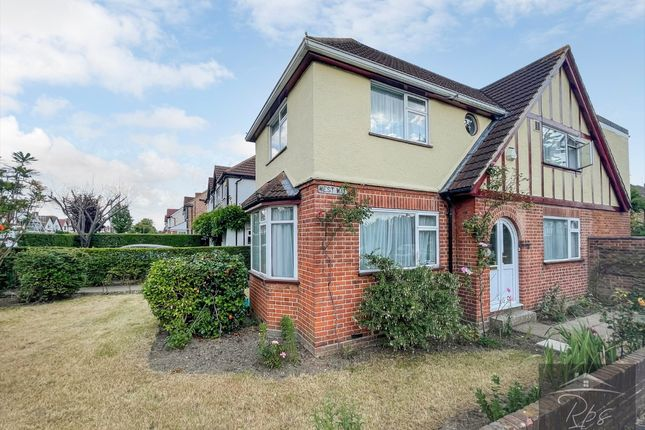 Thumbnail Detached house to rent in The Crossways, Heston