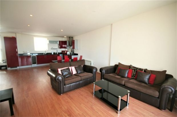 Thumbnail Flat to rent in Meridian Bay, Maritime Quarter, Swansea