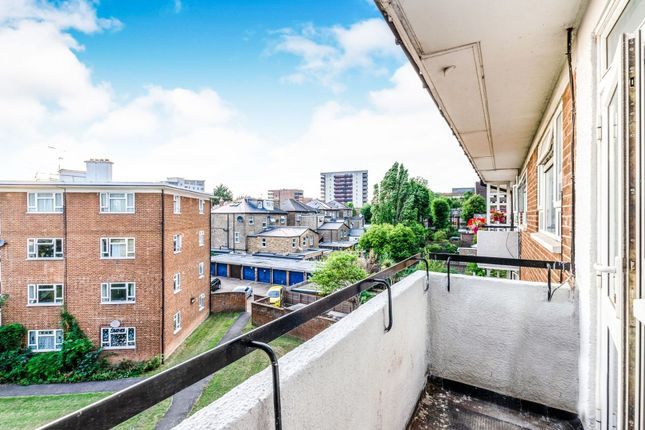 Balcony of Broughton Road, Ealing W13