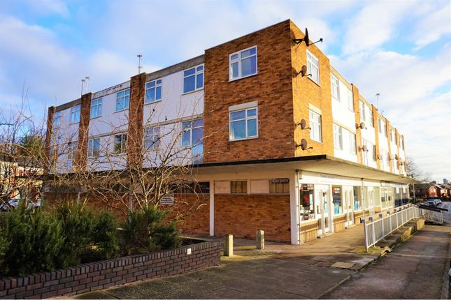 Thumbnail Flat for sale in Nevanthon Road, Leicester
