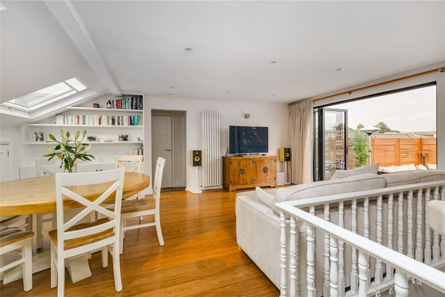 Thumbnail Flat for sale in Alderbrook Road, London