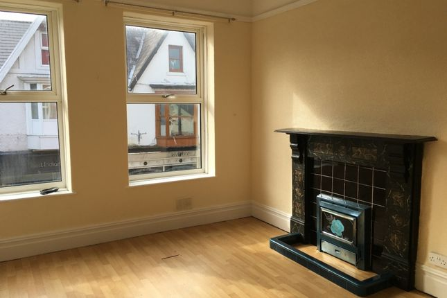 Thumbnail Flat to rent in Herbert Street, Pontardawe, Swansea.