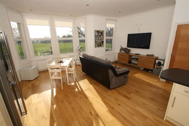 Thumbnail Flat for sale in London Road, Chalkwell, Westcliff On Sea