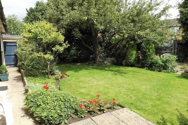 2 bed detached bungalow for sale in Windsor Avenue, Holbeach, Spalding