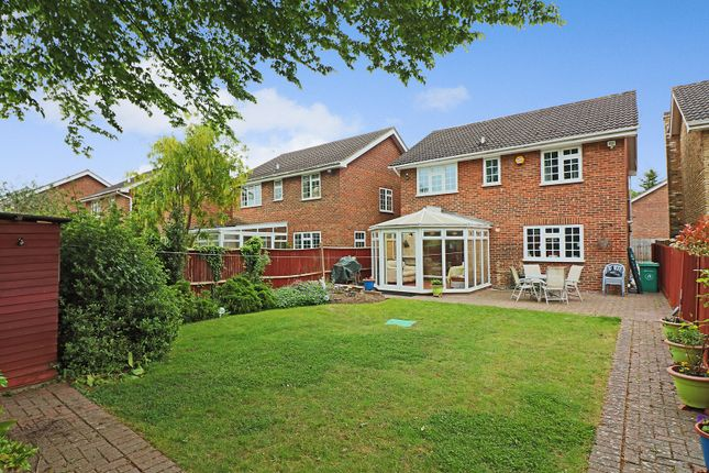 Thumbnail Detached house for sale in Squirrels Close, Hillingdon