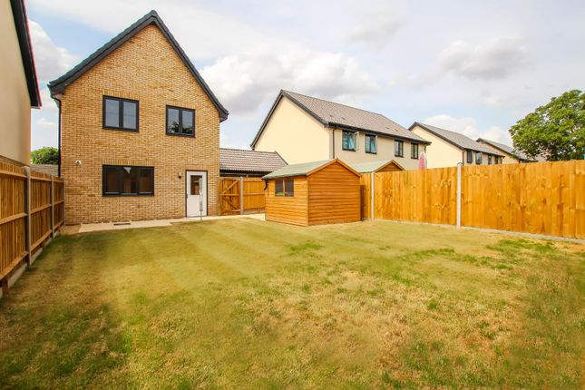 Thumbnail Semi-detached house for sale in Eastfield, Cambridge