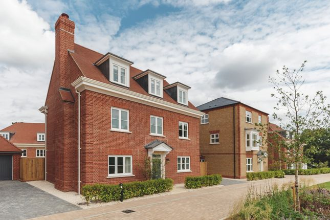 5 bed detached house for sale in Leman Street, London E1