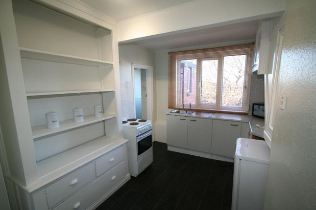 Kitchen of Flat 8, 18 St Johns Terrace, University LS3