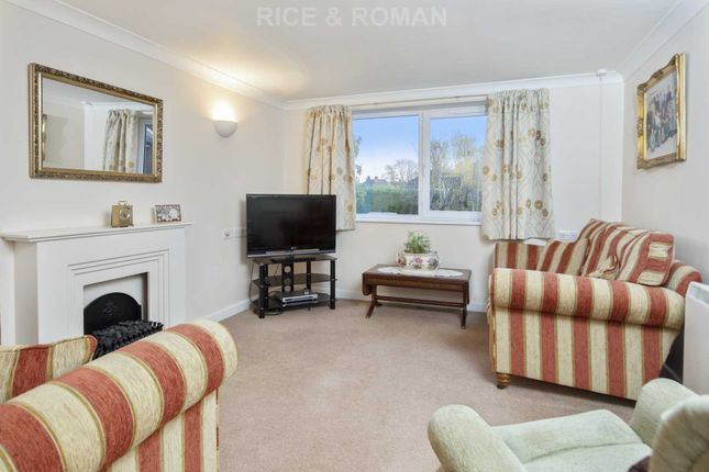 Flat for sale in Manor Road North, Esher