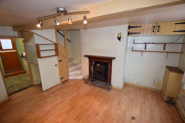 Sitting Room of Wooda Road, Launceston PL15