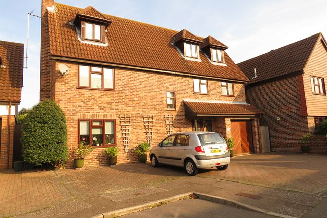 Thumbnail Detached house for sale in Estella Mead, Chelmsford