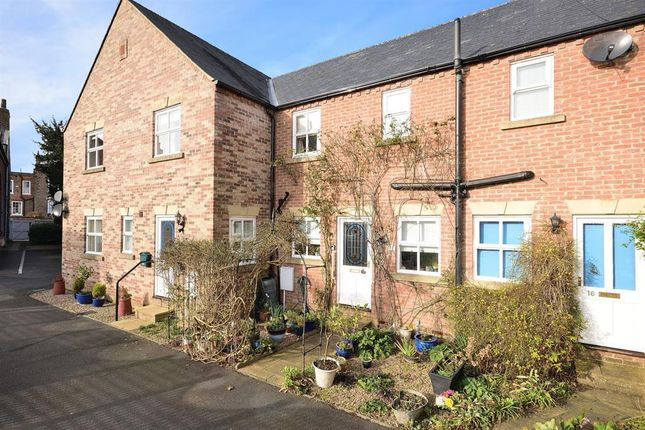Thumbnail Terraced house for sale in Barleys Yard, Thirsk