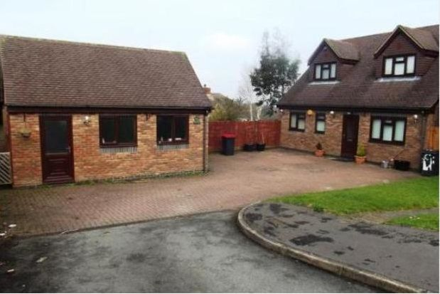 Thumbnail Bungalow to rent in Ravenswood Hill, Coleshill, Birmingham