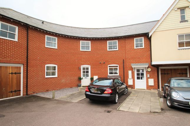 Thumbnail Maisonette to rent in St. Johns Road, Wivenhoe, Colchester