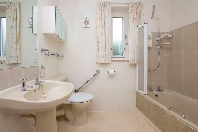 Photo 6 of Grendon Court, Stirling FK8