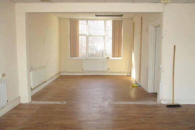 Property to rent in Thornbridge Avenue, Great Barr, Birmingham B42