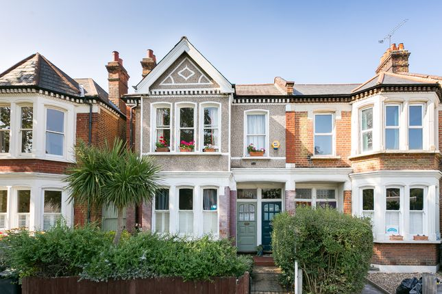 Thumbnail Flat for sale in Harborough Road, London