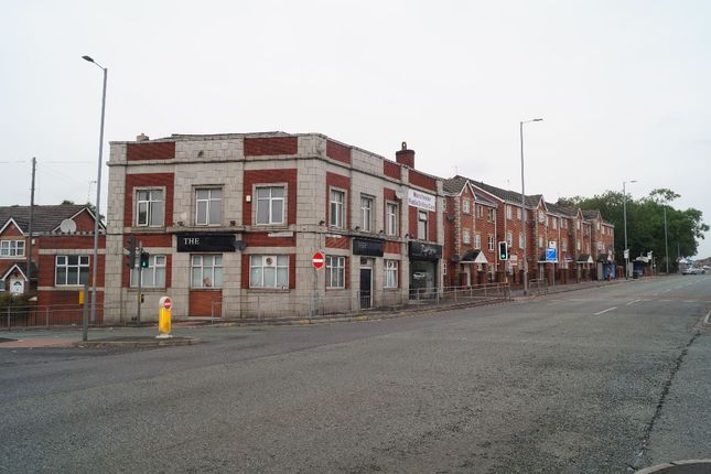 Thumbnail Hotel/guest house to let in Rochdale Road, Harphurhey