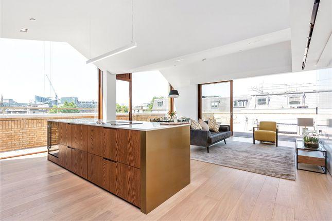 Thumbnail Flat to rent in Bartholomew Close, Farringdon, Barbican, London