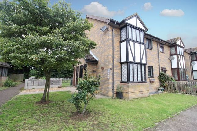 1 bed property for sale in Astral Close, Lower Stondon SG16