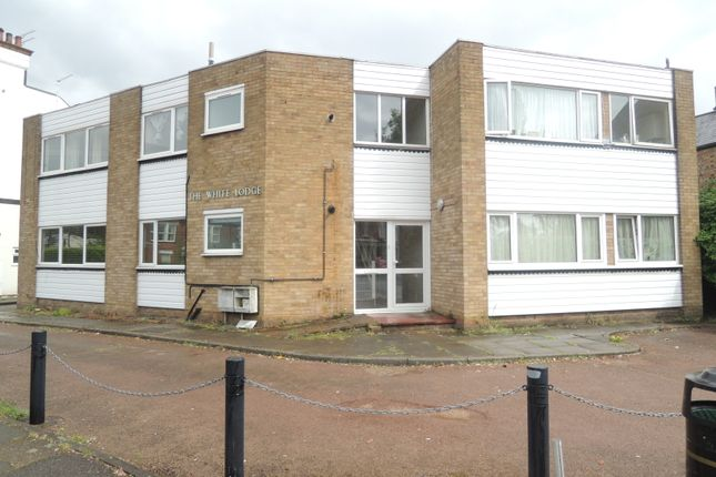 Thumbnail Flat to rent in The Avenue, High Barnet
