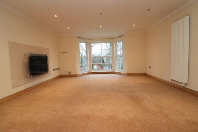 2 bed flat for sale in Radford Bank Gardens, Darwen BB3