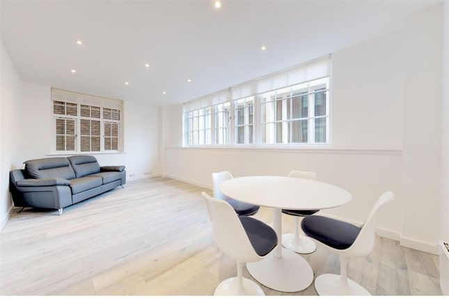 Thumbnail Flat for sale in Ludgate Square, London
