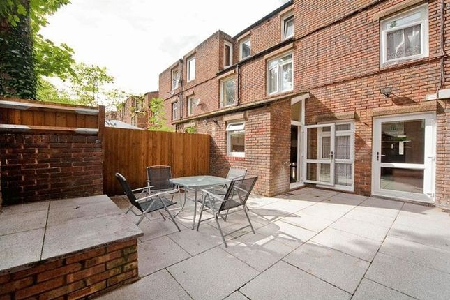 Thumbnail Maisonette to rent in Keighley Close, London