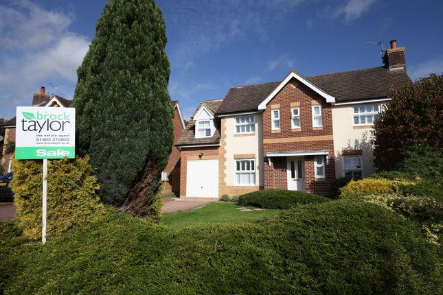 Thumbnail Detached house for sale in Durfold Road, Horsham